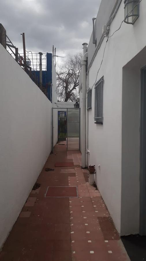 Foto PH en Alquiler en  Countries/B.Cerrado (Quilmes),  Quilmes  Saavedra al 400