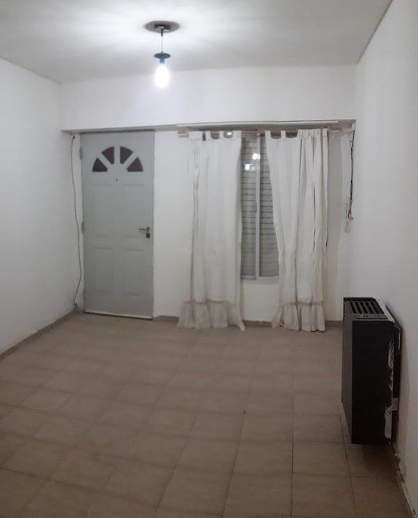 Foto Departamento en Alquiler en  Área Centro Oeste,  Capital  Montevideo al 500