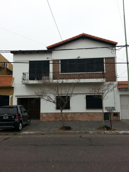 Foto Casa en Alquiler en  Lomas de Zamora Este,  Lomas De Zamora  Belgrano 491