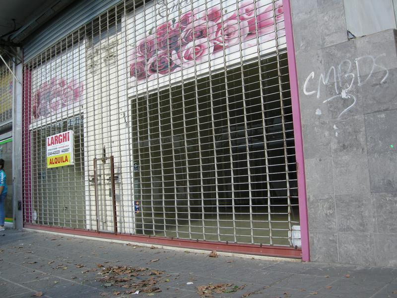Foto Local en Alquiler en  Esc.-Centro,  Belen De Escobar  Estrada 918