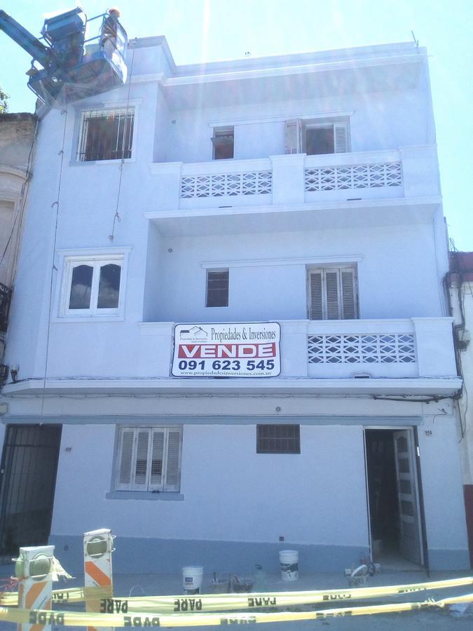 Foto Apartamento en Alquiler en  Cordón ,  Montevideo  Gaboto 1694/201