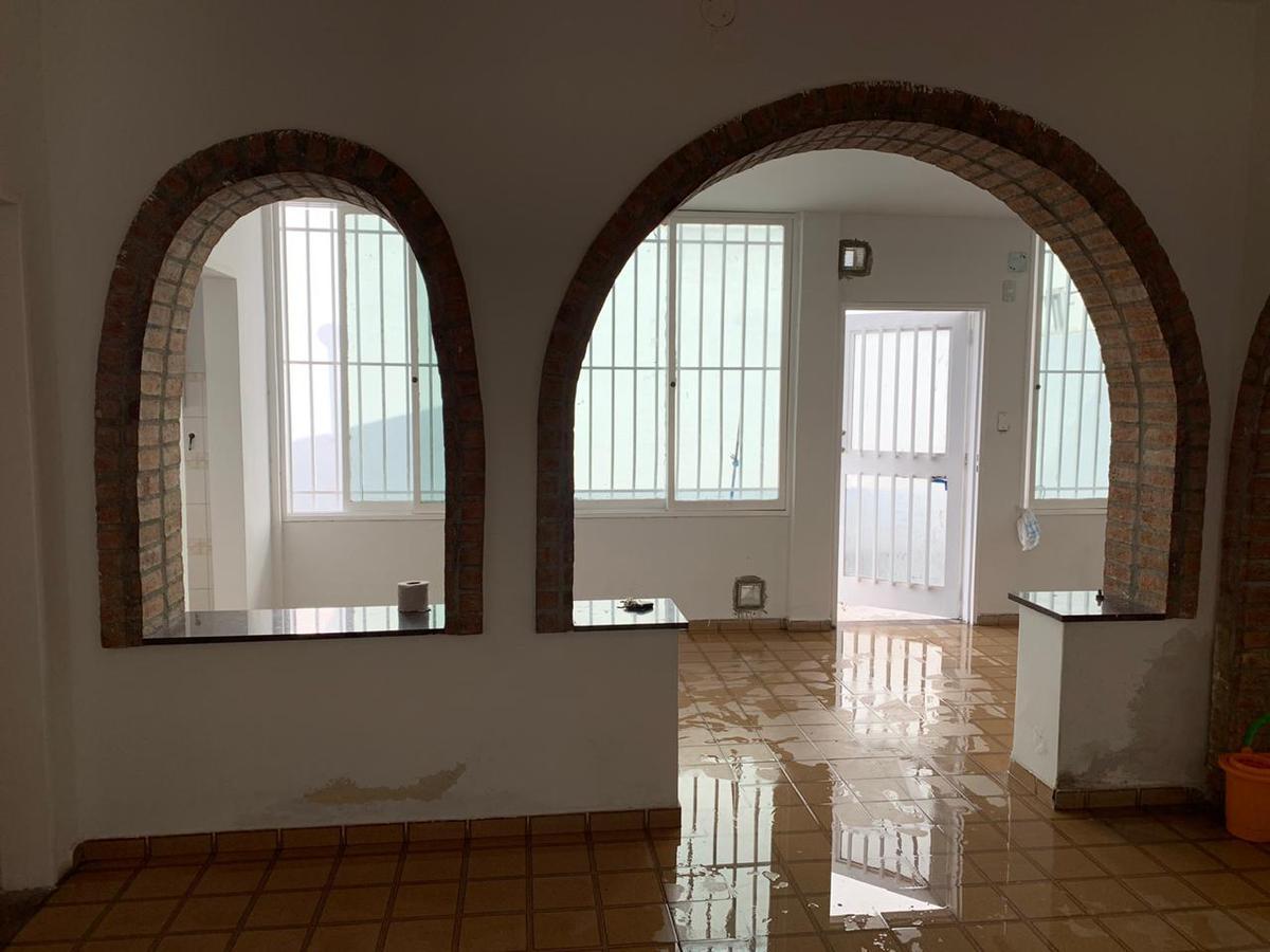 Foto Casa en Alquiler en  Los Paraisos,  Cordoba  Anacreonte al 1400