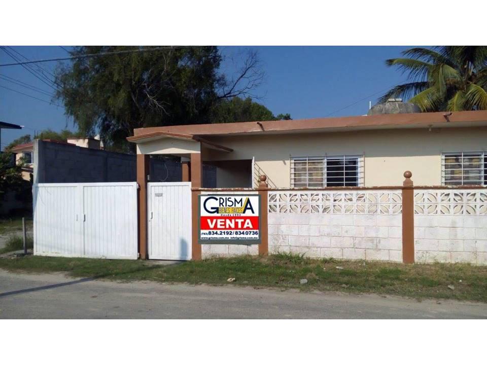 Foto Casa en Venta en  La Mata,  Tuxpan  CASA  EN  VENTA    PARA  REMODELAR   CERCA  DE LA PLAYA
