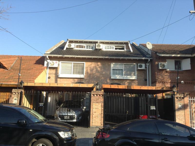 Foto Casa en Venta en  Martinez,  San Isidro  Corrientes al 2800