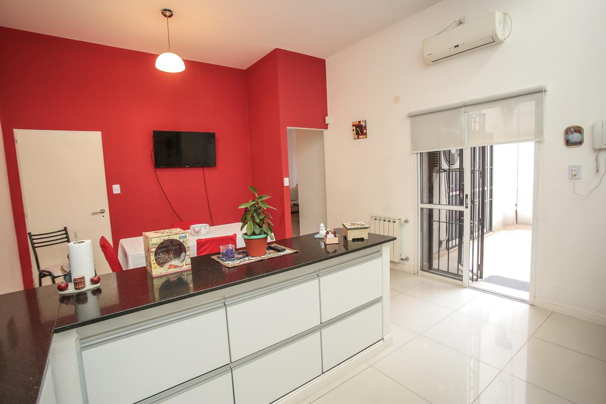 Foto Casa en Venta en  Villa Devoto ,  Capital Federal  Vallejos al 4400
