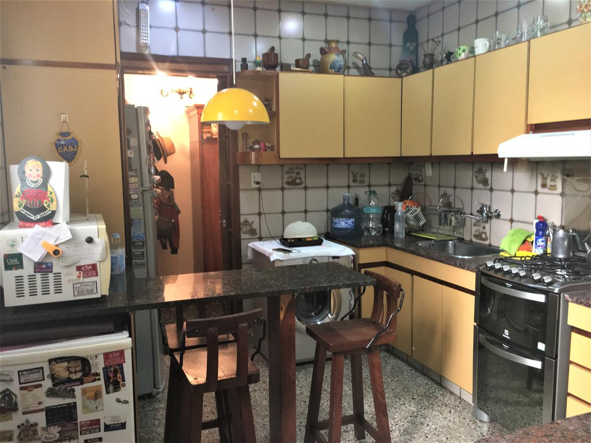 Foto PH en Venta en  Agronomia ,  Capital Federal  Av. Salvador María del Carril al 2500