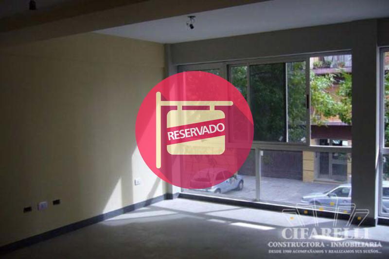 Foto Local en Alquiler en  Mataderos ,  Capital Federal  CORVALAN al 900