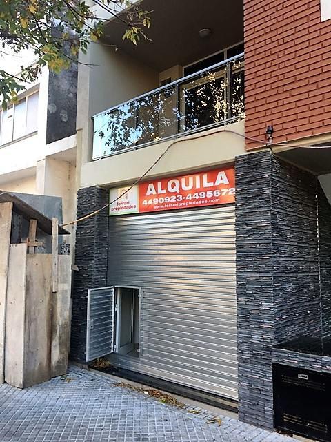 Foto Local en Alquiler en  Macrocentro,  Rosario  Rioja al 2500