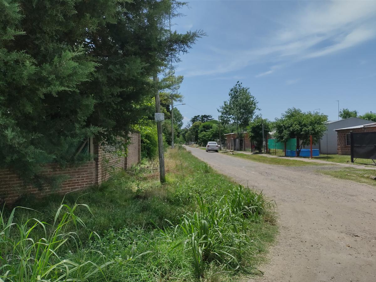 Foto Terreno en Venta en  Km.50,  Presidente Derqui  VENTA TERRENO DERQUI CALLE RIO