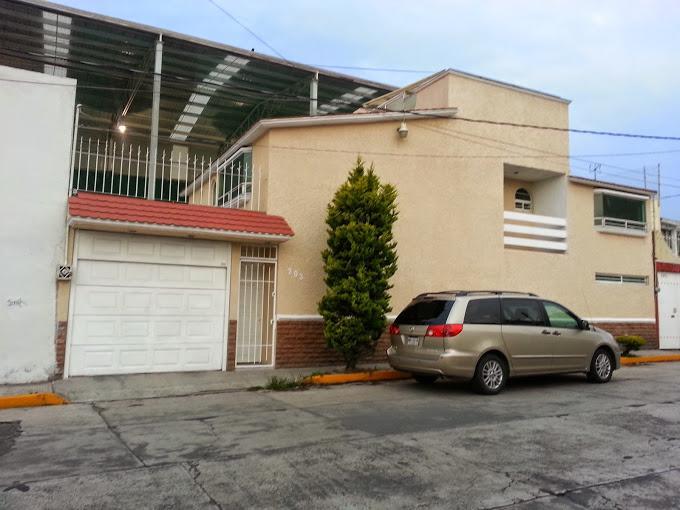 Foto Casa en Venta en  Capultitlan,  Toluca  VENTA DE CASA EN CAPULTITLAN  TOLUCA