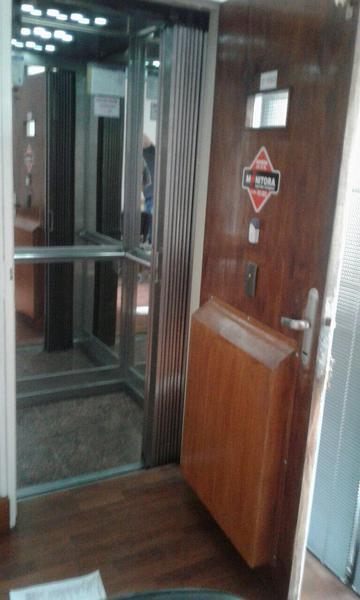 Foto Oficina en Venta en  Centro,  Cordoba  Dean Funes al 300