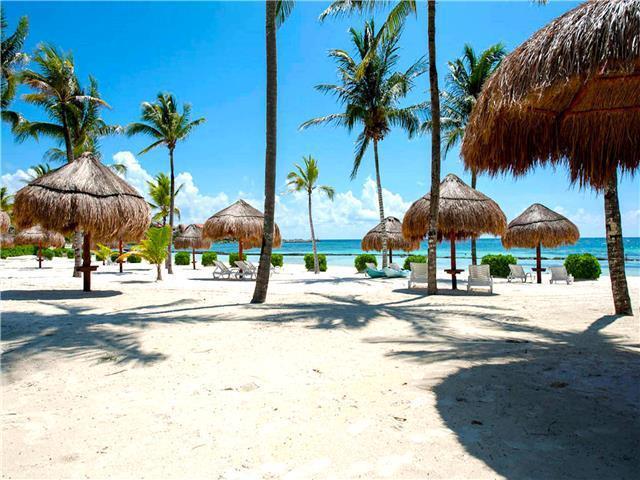 Foto Departamento en Renta temporal en  Puerto Aventuras,  Solidaridad  Condominio con Playa 1 Rec. renta vacacional Puerto Aventura