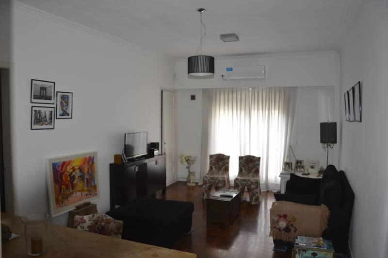 Foto Departamento en Venta en  La Plata,  La Plata  50 e/ 8 y 9 al 600