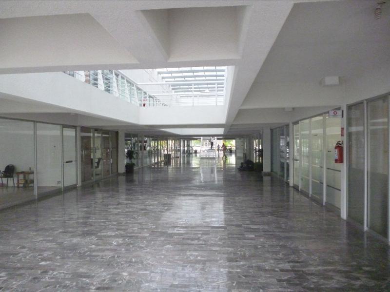 Foto Oficina en Renta en  Supermanzana 4 Centro,  Cancún  Oficinas Comerciales en Renta. Av. Tulum  Cancún, Quintana Roo