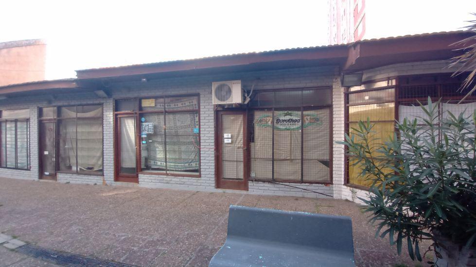 Foto Local en Alquiler en  San Bernardo Del Tuyu ,  Costa Atlantica  Chiozza 2336 - LOCAL Nº 28