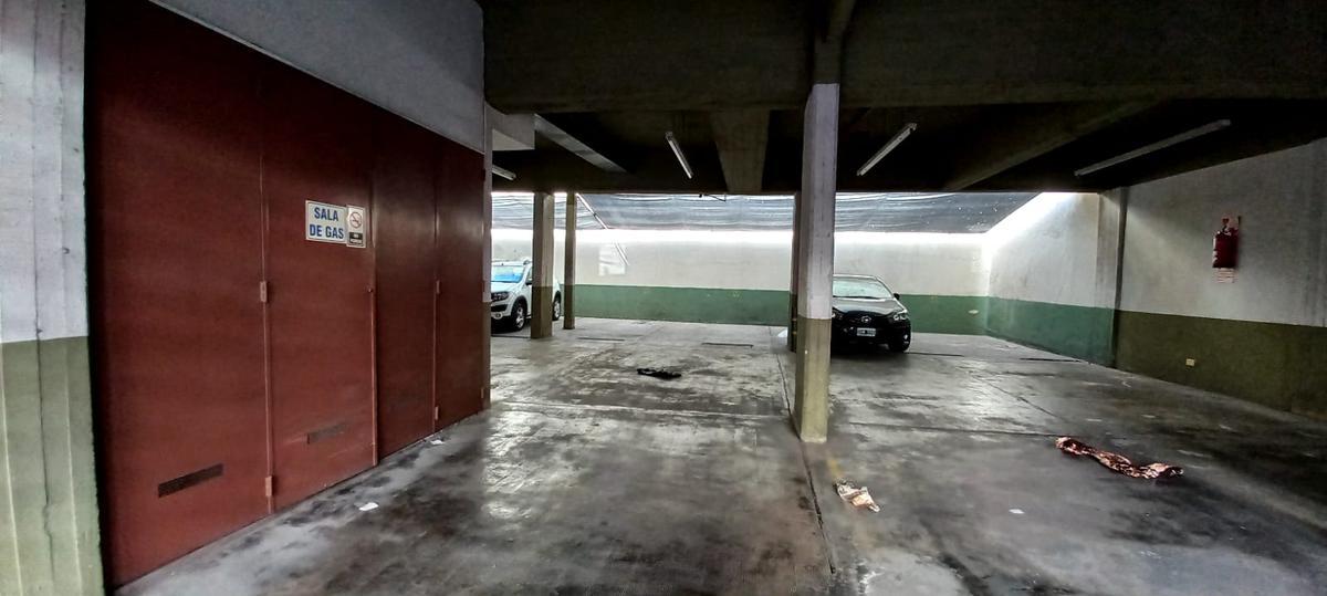 Foto Departamento en Venta en  Monserrat,  Centro (Capital Federal)  Santiago del Estero al 600