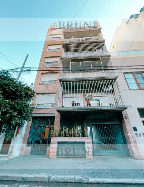Foto Departamento en Venta en  Caballito ,  Capital Federal  Craig  800