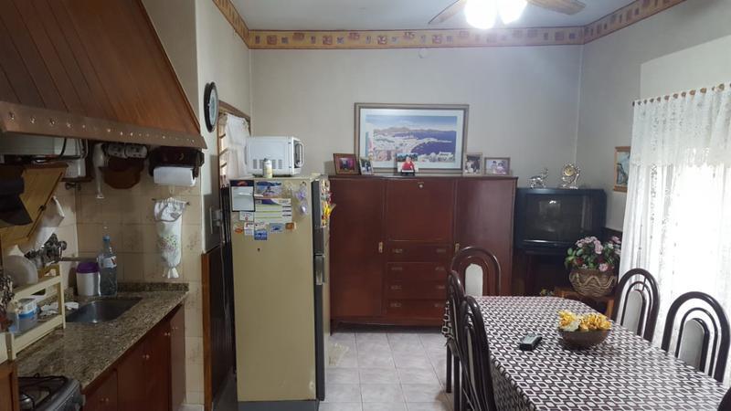 Foto Casa en Venta en  Ituzaingó Norte,  Ituzaingó  Albert Schweitzer al 2200