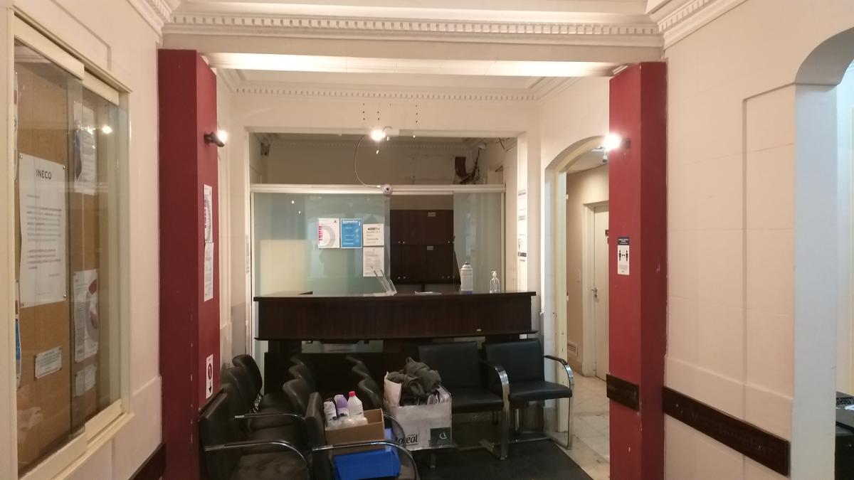 Foto Edificio Comercial en Alquiler en  Recoleta ,  Capital Federal  PETIT HOTEL 639 MT EN ALQUILER. UNICA OPORTUNIDAD  Pacheco de Melo al 1800
