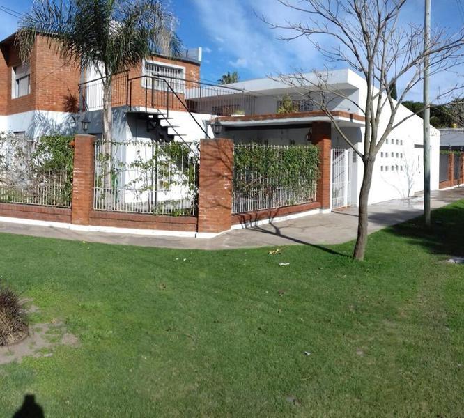 Foto Casa en Venta en  Pueblo Esther ,  Santa Fe  Misiones  1800