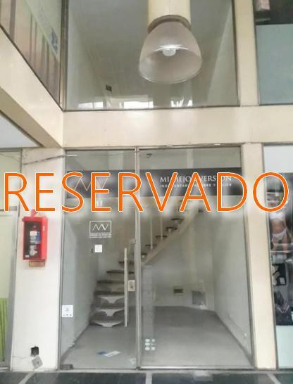 Foto Local en Alquiler en  Caballito ,  Capital Federal  Av. Rivadavia al 5000
