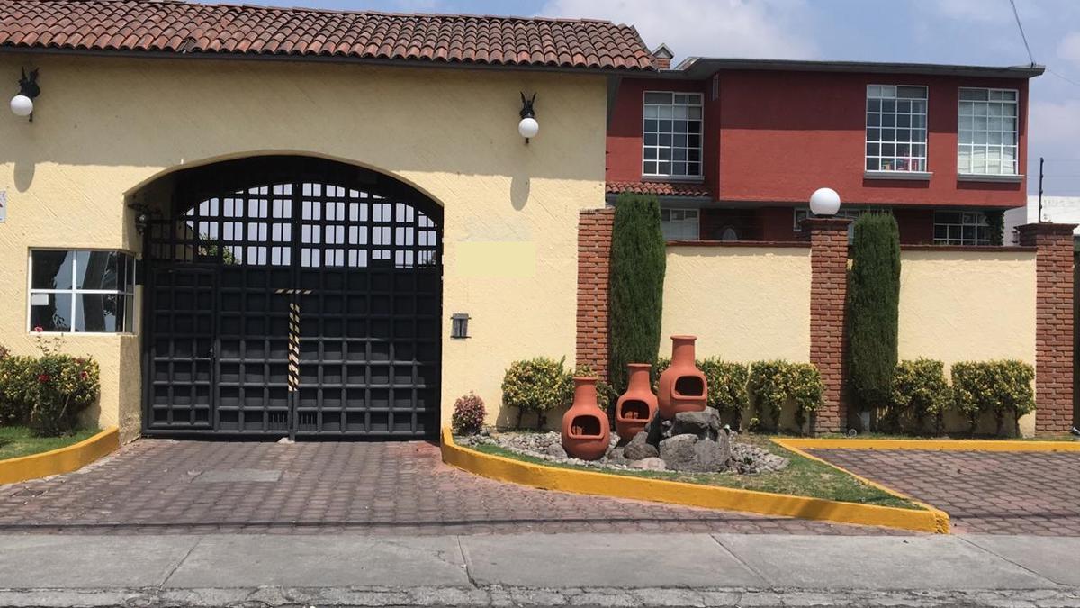 Foto Casa en condominio en Venta en  Metepec ,  Edo. de México  Casa en VENTA, Condominio Estrella III, Metepec, Estado de México