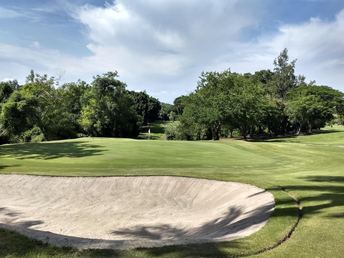 Foto Terreno en Venta en  Club de Golf Santa Fe,  Xochitepec  Venta Terreno Club de Golf Santa FE M11 L23