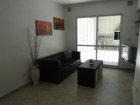 Foto Casa en Alquiler temporario en  Boedo ,  Capital Federal  Pavon 3300
