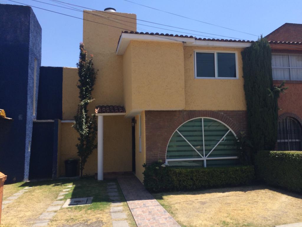 Foto Casa en Venta en  Santa Ana TlapaltitlAn,  Toluca  Santa Ana TlapaltitlAn
