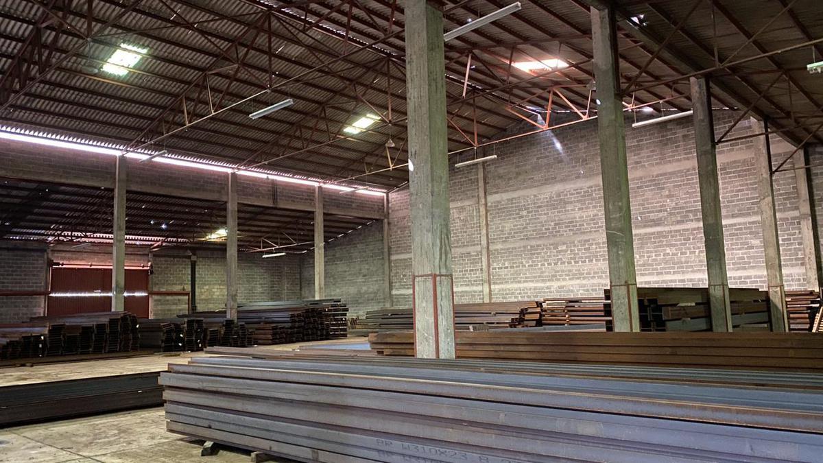 Foto Bodega Industrial en Renta en  El Tizatillo,  Tegucigalpa  Ofibodega en km16 zona El Tizatillo, Tegucigalpa