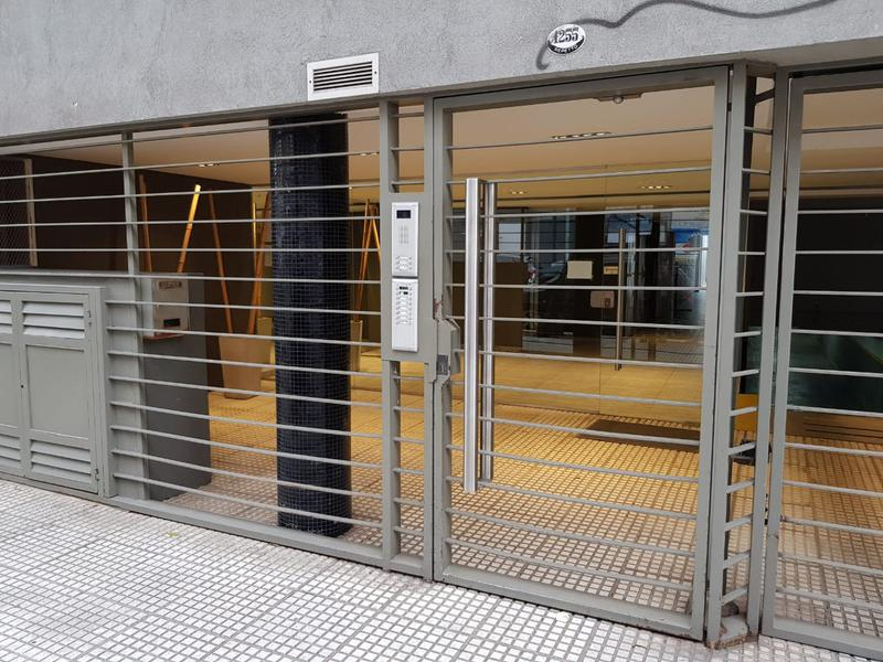 Foto PH en Venta en  Caballito ,  Capital Federal  Repetto al 1200