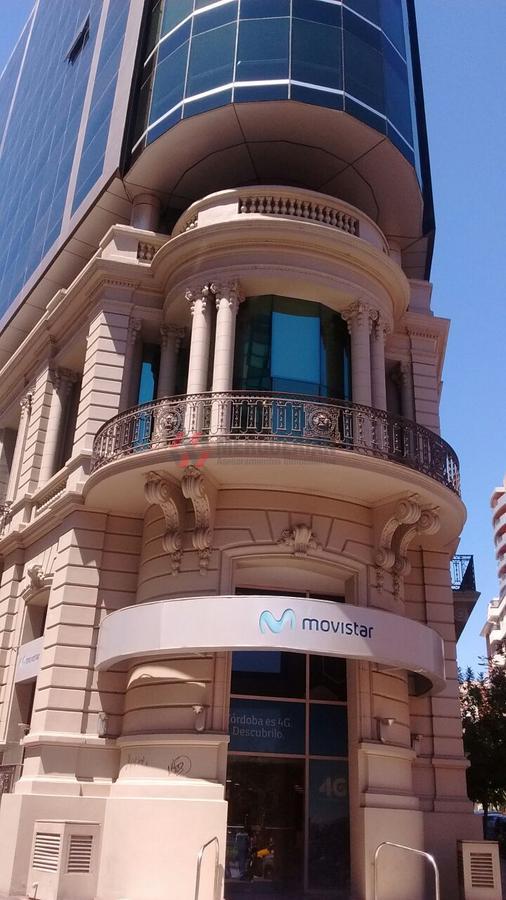 Foto Oficina en Alquiler en  Nueva Cordoba,  Capital  Av. Hipólito Irigoyen 100