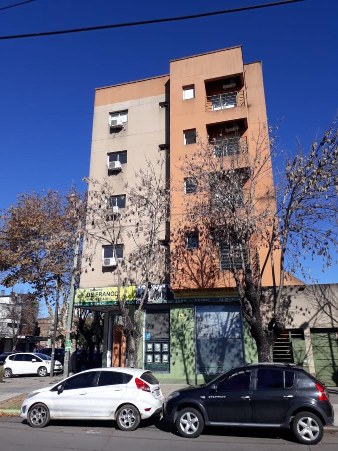 Foto Departamento en Alquiler en  San Miguel ,  G.B.A. Zona Norte  Serrano 1515 2ª 4