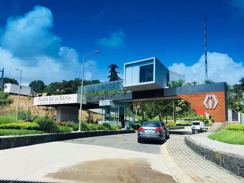 Foto Terreno en Venta |  en  Fraccionamiento Paseo de la Reina,  Xalapa  Terreno en venta en Xalapa Residencial Paseo de la Reina Animas, al 200