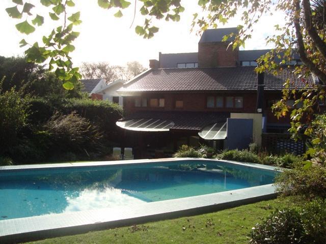 Foto Casa en Venta en  Mar Del Plata ,  Costa Atlantica  Quintana 1500 - Los Troncos - Mar del Plata