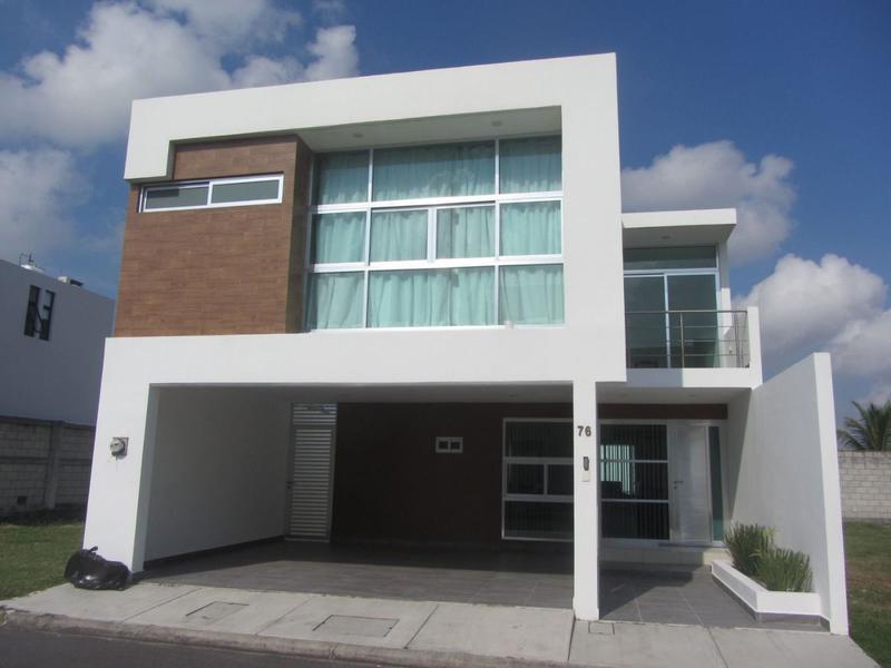 Foto Casa en Renta en  Fraccionamiento Lomas de la Rioja,  Alvarado  Fracc. Lomas de la Rioja, Alvarado, Veracruz. - Casa en renta Amueblada