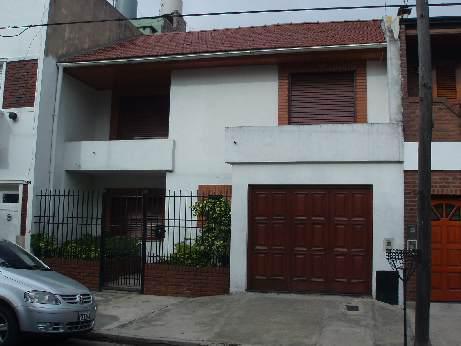 Foto Casa en Venta en  Piñeyro,  Avellaneda  Mejico 400