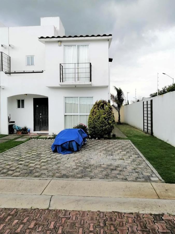 Foto Casa en condominio en Venta en  San Miguel Totocuitlapilco,  Metepec  San Miguel Totocuitlapilco