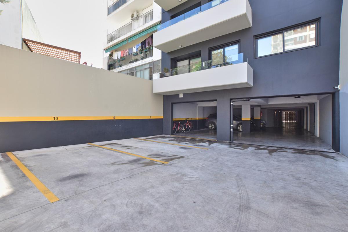 Foto Departamento en Venta en  Caballito ,  Capital Federal  Otamendi 642
