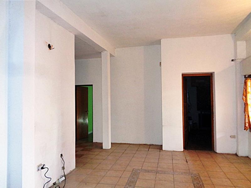Foto Casa en Venta en  Villa Adelina,  San Isidro  Ucrania al 1800