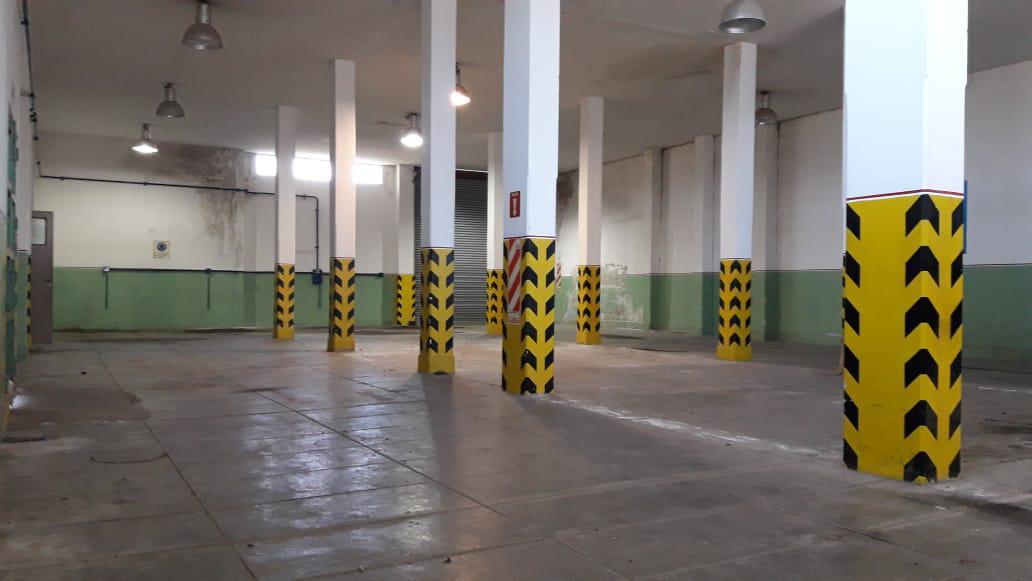 Foto Galpón en Venta en  Platanos,  Berazategui  Av. Nicolas Millazo al 3200