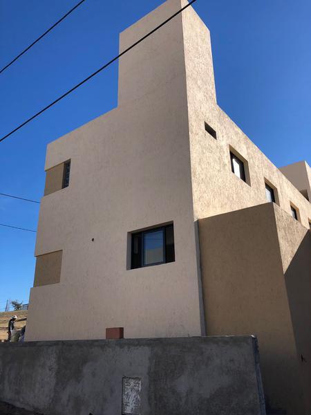 Foto Casa en Venta en  Lomas de Chateau,  Cordoba Capital  Paloma esquina Cano - LOMAS DEL CHATEAU - A Estrenar