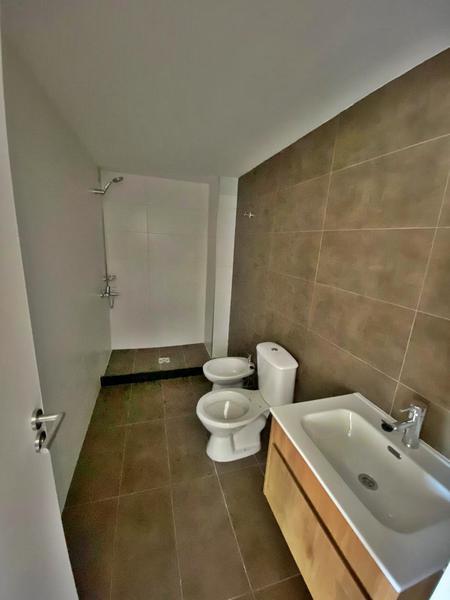 Foto Departamento en Alquiler en  Parque Batlle ,  Montevideo  Un dormitorio a estrenar,  piso alto. Muy soleado