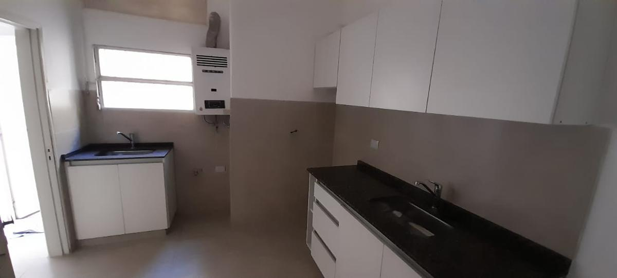 Foto Casa en Venta en  General Pueyrredon,  Cordoba Capital  Suipacha al 2200
