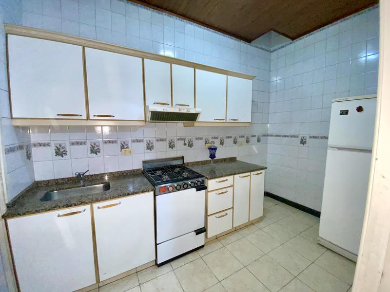 Foto PH en Venta en  Lanús Oeste,  Lanús  PIÑEIRO al 300