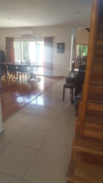 Foto Casa en Venta en  El Lauquen,  Countries/B.Cerrado (E. Echeverría)  Venta con renta - Casa en El Lauquen