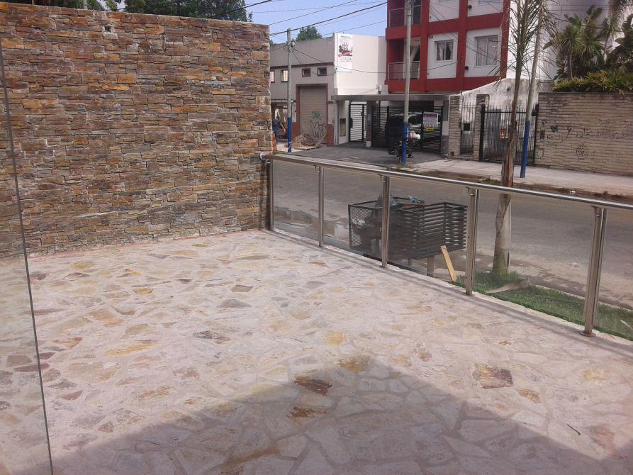 Foto Local en Venta en  Banfield,  Lomas De Zamora  Rincon al 522