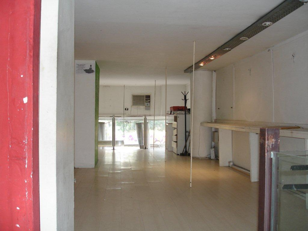 Foto Local en Venta en  Barrio Norte ,  Capital Federal  Cerrito 1062