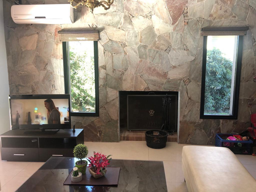 Foto Casa en Venta en  Belen De Escobar,  Escobar  Casa en venta con parrilla, jardin, piscina climatizada en El Aromo, Escobar