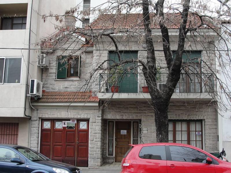 Foto Casa en Venta en  La Plata,  La Plata  55 e/13y14